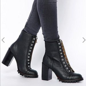 Report Signature Alexa Zip Up Heeled Ankle Boots